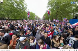 royal-wedding-crowd1-300x197